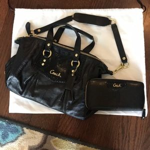Coach Black Leather Purse and Wallet